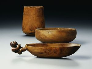 Pre-contact Hawaiian Calabash and figured bowl
